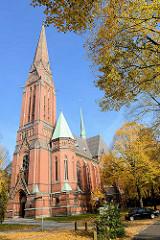 Neogotischen Hallenkirche St. Gertrud in Hamburg Uhlenhorst, erbaut 1882 - 1885 / Kircheweihe 1886, Architekt Johannes Otzen.