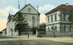 Historische Darstellung aus Thersienstadt / Terezin - Rathaus und Schule.