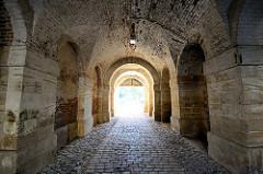 Tor der Befestigungsanlage Terezin / Theresienstadt.