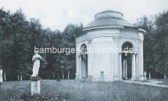 Historische Aufnahme vom Orangerie Pavillion / Salon im Schlosspark Rheinsberg.