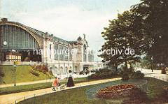 Eingangsbereich vom Zoologischen Garten am Dammtor - im Hintergrund der Dammtorbahnhof, erbaut 1903.