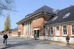 Gebäude vom Bahnhof Travemünde Hafen / Hafenbahnhof; erbaut 1913.