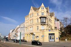 Gründerzeitgebäude an der Hafenstrasse von Lübeck.