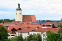 Dächer von Lübben (Spreewald) - Paul-Gerhardt-Kirche.
