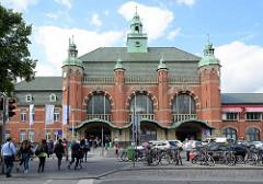 Lübecker Hauptbahnhof, 1908 eröffnet - Architekt Fritz Klinholz.