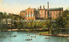 Altes Bild eines Fabrikgebäudes / Industriearchitektur in Görlitz; Ruderboote auf der Neiße.