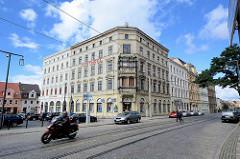Gründerzeitarchitektur in Görlitz - Wohnhäuser, Geschäftshäuser am Demianplatz; teilweise restauriert.