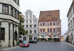 Blick auf historische Gebäude am Untermarkt in Görlitz; re. die alte Ratsapotheke.