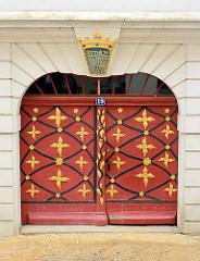 Dekortür mit Malerei - Eingangstür in Görlitz.