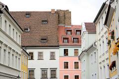 Häuserfronten und Dächer in Görlitz - Dachfenster und ausgebaute Dachwohnungen.