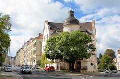 Gründerzeitvilla mit Turm - Wohnblocks im Gründerzeitstil - Strasse in Görlitz.