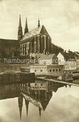 Turbinengebäude an der Neiße bei Görlitz - Kirchenschiff der St. Peter und Paul Kirche / Peterkirche.