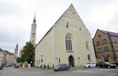 Kirchenschiff der Dreifaltigkeitskirche in Görlitz - ehem. Klosterkirche des Franziskanerklosters am Obermarkt in Görlitz, Baubeginn 1234, Einweihung 1245.
