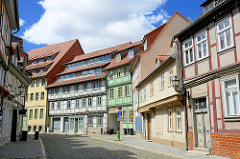 Blick in die Bakenstrasse von Halberstadt -  in der Bildmitte das Baudenkmal Ackerbürgerhof, Fachwerkhäuser.