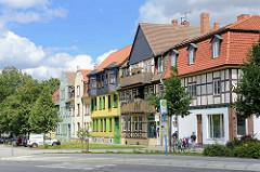 Unterschiedliche Baustile und Fassadengestaltung - Architetkurfotos aus Wernigerode / Harz.