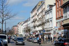 Mehrstöckige Gründerzeitgebäude am Schulterblatt im Hamburger Szenestadtteil Sternschanze.