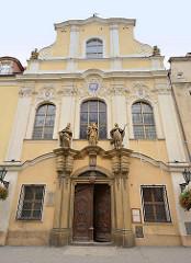 Eingang - Fassade der Pfarrkirche St. Joseph in Świdnica / Schweidnitz; 1772 fertig gestellt - Architekt  Wenzel Mattausch