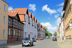 Wohnhäuser - Neubau / Altbau; Südstrasse in Halberstadt.