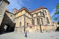 Katholische Pfarrkirche Mariä Himmelfahrt - Kościół Wniebowzięcia Najświętszej Maryi Panny in Glatz / Kłodzko - errichtet ab 1390.
