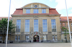 Schulgebäude vom Käthe Kollwitz Gymnasium in Halberstadt.