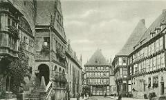 Alte Fotografie vom Rathaus in Halberstadt / Holzmarkt; Treppenaufgang zur Ratslaube.