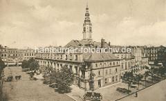Altes Bild - Altstadt von Świdnica - Schweidnitz; Ring und Rathaus mit Rathausturm.