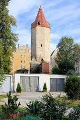 Reste der mittelalterlichen Stadtbefestigung von Striegau / Strzegom - Schnabelturm / Befestigungsanlage.