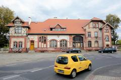 Alter Güterbahnhof / Lagerhaus, teilweise mit Fachwerkgiebel - Architektur in Świdnica / Schweidnitz.
