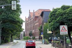 Historische Backsteinarchitektur - Schulgebäude, ehem. Volksschule II in Halberstadt, jetzt Europaschule Am Gröper Tor
