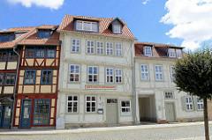Eingang Berend Lehmann Museum für jüdische Geschichte und Kultur in Halberstadt; Cafe Hirsch Restaurant.