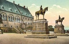 Historische Fotografie der Reiterstandbilder Kaiser Barbarosse Friedrich I. und Kaiser Wilhelm I. in Goslar vor der Kaiserpfalz.