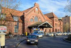 Historisches Bahnhofsgebäude / Empfangsgebäude vom Harburger Bahnhof, eröffnet 1897 - Architekt Hubert Stier.