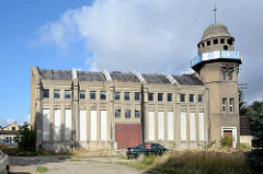 Expressionistische Industriearchitektur - Merino Spinnerei / Weberei in Bunzlau / Bolesławiec, erbaut 1926  - Industrieruine, leerstehendes Gebäude.