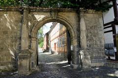 Eingang der Katholischen Pfarrei St. Burchard in Halberstadt.