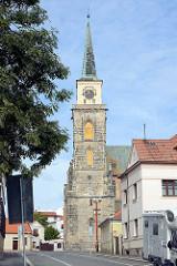Kirchturm der St. Ägidien Kirche in  Nymburk / Neuenburg an der Elbe.