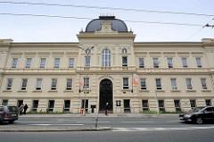 Gebäude der Hotelfachschule in Hradec Králové / Königgrätz.
