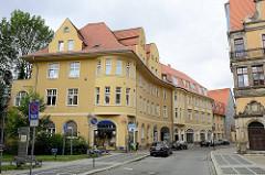 Architektur in Aschersleben - Blick in die Hecknerstrasse, Wohngebäude.
