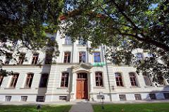 Schulgebäude vom Stephaneum in Aschersleben, erbaut 1875.