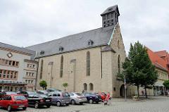 Heilig-Kreuz-Kirche / Marktkirche in Aschersleben, früher Franziskaner-Klosterkirche;  ursprünglich erbaut Mitte des 13. Jahrhunderts.