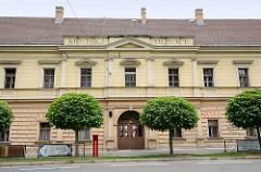 Altes Verwaltungsgebäude inHradec Králové / Königgrätz.