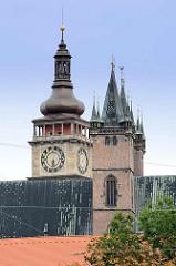 Hl. Geist Kathedrale, gegründet wahrscheinlich von Königin Elisabeth Richenza - Richza von Polen - Eliška Alžběta Rejčka;  gotisches Backsteinbauwerk mit zwei Türmen; Kuppel vom Weissen Turm, erbaut 1580.