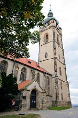 Kath. Propsteikirche St. Peter und Paul (Kostel sv. Petra a Pavla) beim Schloss Melnik.