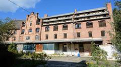 Historische Industriearchitektur in Aschersleben - altes Lagergebäude, Ziegelgebäude der Gründerzeit.