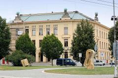 Gebäude der Pädagogische Hochschule / Universität in Hradec Králové / Königgrätz.