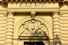 Historische Architektur in Dvůr Králové nad Labem / Königinhof an der Elbe; Kino Svět.