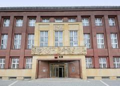 Architektur der 1920er Jahre - Verwaltungsgebäude in Hradec Králové / Königgrätz.