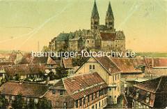 Historische Aufnahme vom Quedlinburger Schlossberg romanische Stiftskirche St. Servatius, geweiht 1129; Renaissanceschloss aus dem 16./17. Jahrhundert; im Vordergrund Häuser der Altstadt.