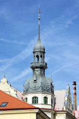 Kupferturm / Kupferkuppel vom Bohumil Hrabal Gymnasium in Nymburk - Baustil Neorenaissance, erbaut 1907.