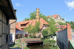 Mühlengraben in Quedlinburg - im Hintergrund der Münzenberg.