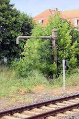 Alte Wasserpumpe am Bahnhof Quedlinburg - Hersteller H. Breuer & Co, Hoechst a/M.